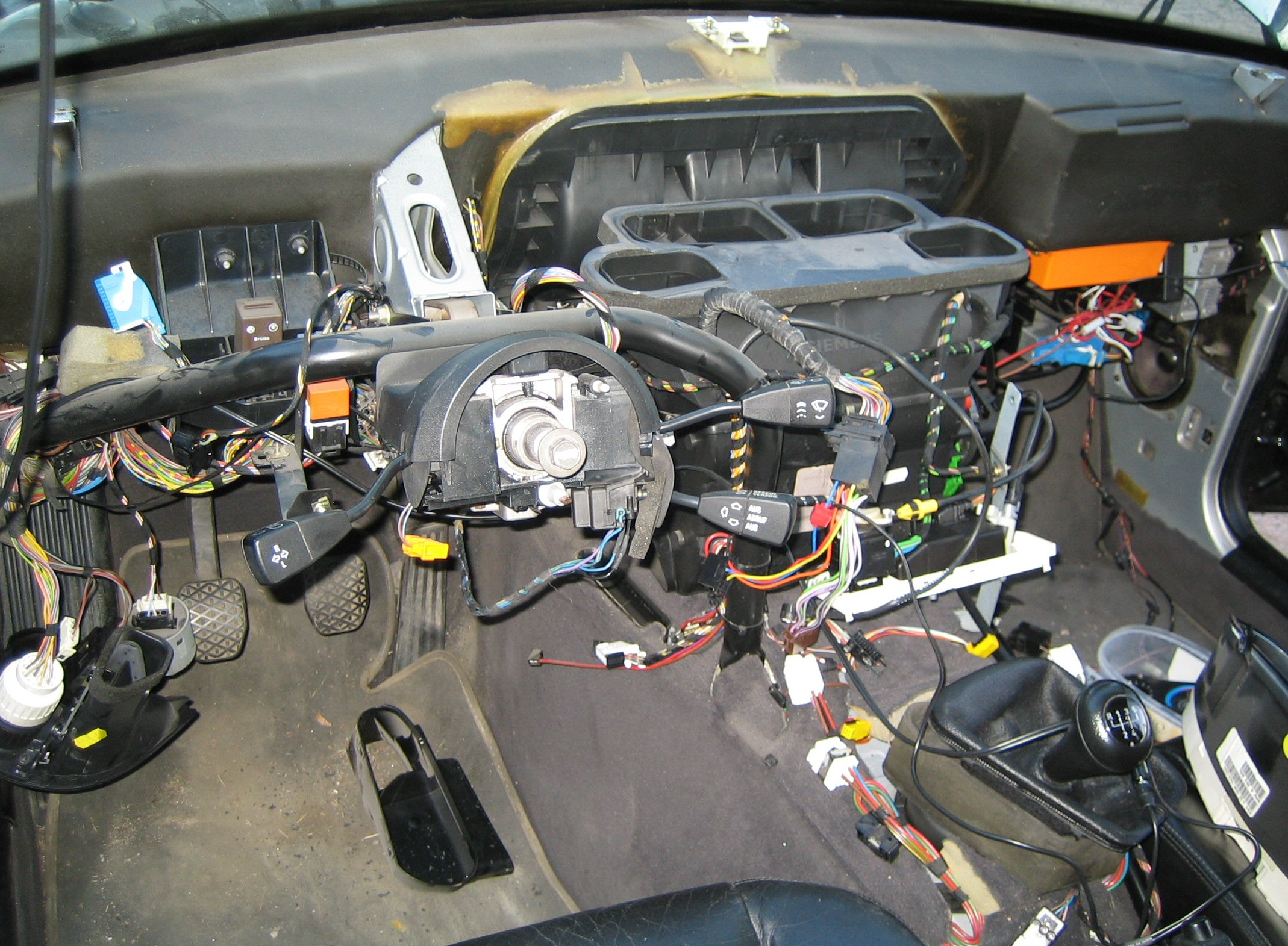 Ilmastoinnin asennus autoon